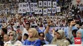 Di hadapan relawan, Prabowo mengaku menghadapi Pilpres 2019dengan modal serba terbatas. Bahkan, sambil bercanda, dia menyebut relawan yang mendukungnya juga memiliki kemampuan ekonomi tak tinggi. (CNN Indonesia/Adhi Wicaksono)