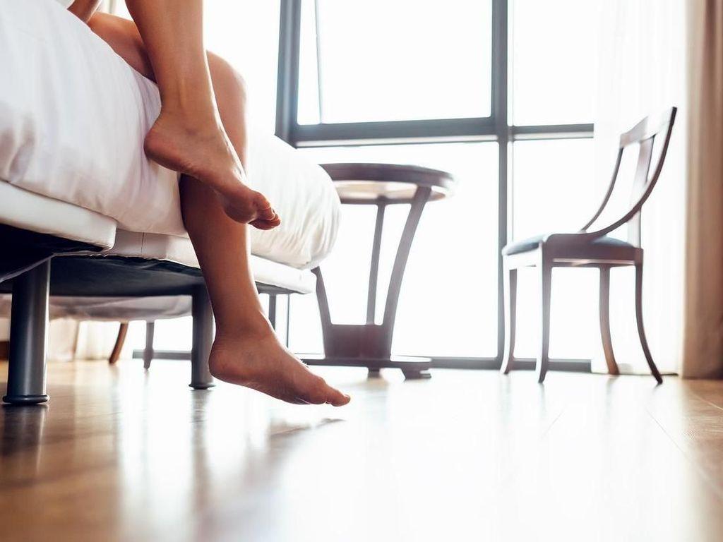 4 Catatan Penting Bagi yang Penasaran Ingin Mencoba Tidur Telanjang