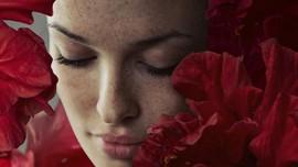 Cara Murah 'Hapus' Bintik Hitam dari Wajah