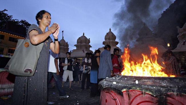 Penyerbuan Kuil Hindu di Malaysia, Belasan Orang Terluka
