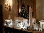 Gedung Putih Bersolek Kemewahan Pohon Natal