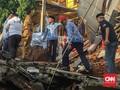 Anies Sebut Bangunan Longsor di Pasar Rebo Tak Punya IMB
