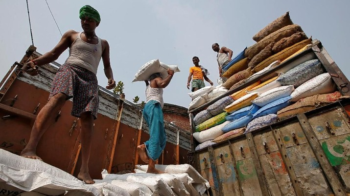 Wow, RI Pengimpor Gula Terbesar Dunia Jelang Pemilu?