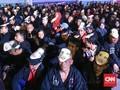FOTO: Geliat Relawan Bertopeng Jokowi