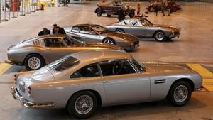 FOTO: Lelang Mobil Antik Eropa Senilai Rp571 Miliar