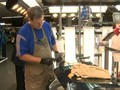 VIDEO: GM Pangkas Jumlah Pekerja dan Tutup Pabrik di AS