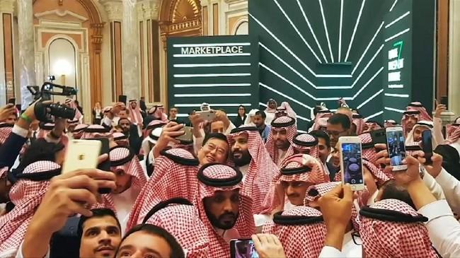 VIDEO: Putra Mahkota Saudi Jadi Sorotan Jelang KTT G20