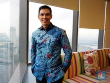 Kisah Adrian Maulana Lepas Dunia Artis dan Jadi Bos Schroder