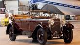 Selain Alfa Romeo ada juga Hispano-Suiza H6B Cabriolet Sport Double-Phaeton by Million-Guiet buatan 1926. (REUTERS/Charles Platiau).