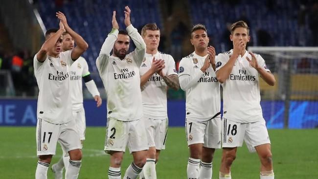 Real Madrid kini memimpin klasemen Grup G dengan 12 poin dan memastikan tempat di fase gugur Liga Champions. Sementara Roma yang mengalami kekalahan juga dipastikan melangkah ke babak 16 besar karena di laga lain Viktoria Plzen mengalahkan CSKA Moskow. (REUTERS/Tony Gentile)