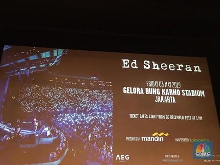Diguyur Gerimis Ramainya Penonton Konser Ed Sheeran Di Gbk