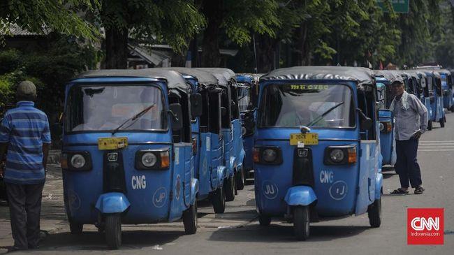 Ada Tarif Khusus untuk Tur Keliling Jakarta Naik GrabBajay
