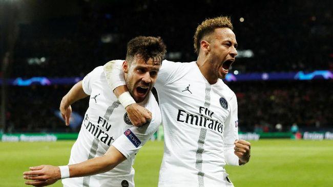Neymar Diklaim Memohon Dibeli Barcelona