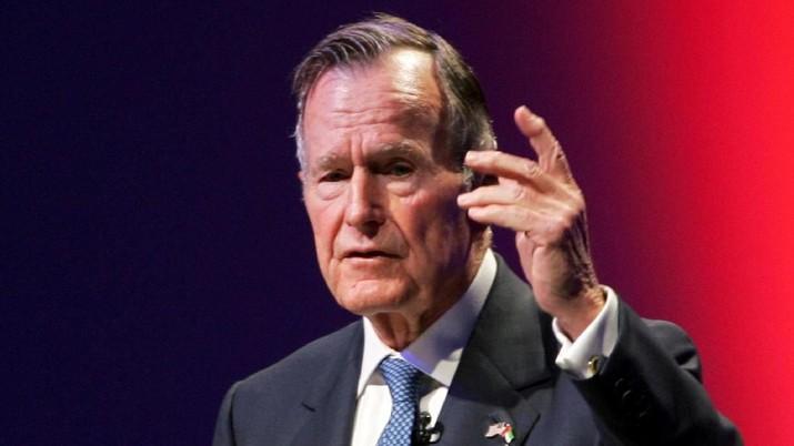 Mantan Presiden Amerika Serikat (AS) George HW Bush meninggal dunia hari Jumat (30/11/2018) malam di usia 94 tahun.
