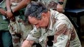 Presiden Bush juga pernah mengerahkan pasukan ke Panama demi menggulingkan rezim Manuel Noriega, yang dianggap korupsi dan mengancam warga AS di negara Amerika Tengah. (REUTERS/Rick Wilking)