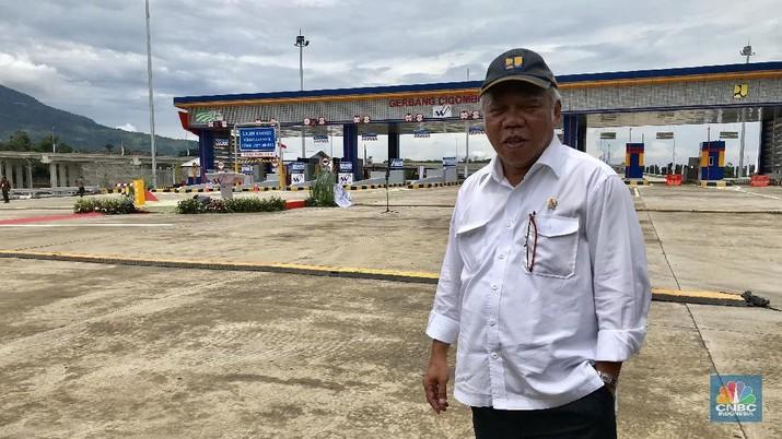 Presiden Joko Widodo menginginkan tol Trans Jawa dari Merak hingga Surabaya sepanjang 870 kilometer (km) tersambung sebelum tutup tahun ini.