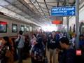 VIDEO: Hindari Kemacetan, KAI Alihkan Penumpang dari Gambir