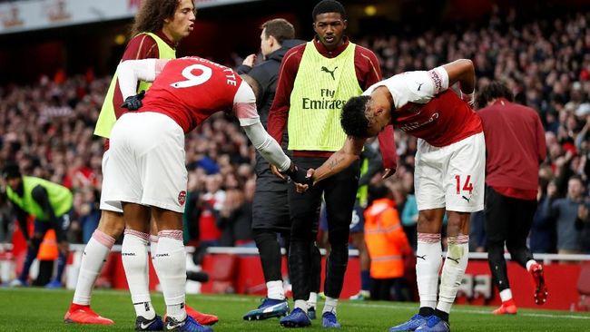 Arsenal Kalahkan Tottenham Hotspur 4-2 di Liga Inggris