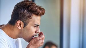 5 Cara Basmi Bau Mulut Saat Berpuasa