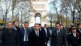 Macron Akan Temui Serikat Buruh Cari Solusi buat Rompi Kuning