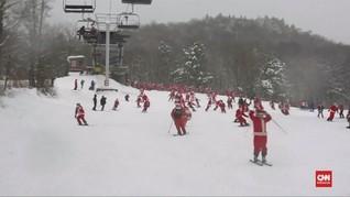 VIDEO: Bermain Ski Bersama Ratusan Sinterklas