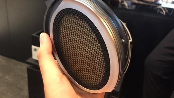 Ini Headset Termahal di Dunia, Seharga Hampir Rp 1 M