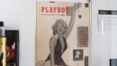 Kopian edisi perdana majalah Playboy yang memiliki nilai histori penting, memuat aktris dan pesohor Marilyn Monroe tersimpan dalam kondisi baik. (Photo by Robyn Beck / AFP)