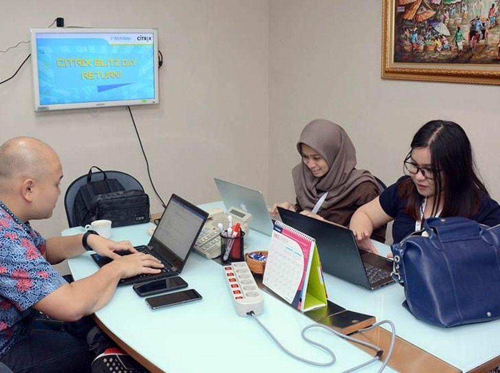 Kompetisi ini diadakan bagi para mitra bisnis Tech Data Indonesia dan Citrix untuk berlomba menawarkan produk unggulan Citrix yaitu Netscaler SD-WAN. Produk ini sangat dibutuhkan perusahaan yang memiliki banyak kantor cabang agar dapat terhubung dengan data center mereka. Foto: dok. Tech Data