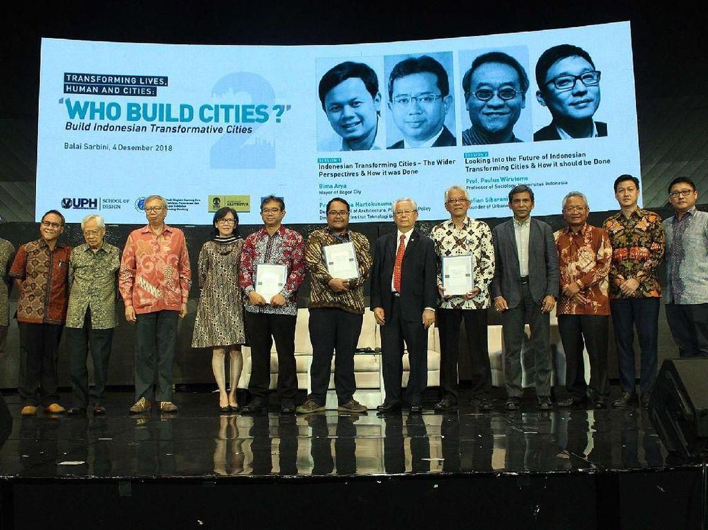 Seminar ini diselenggarakan oleh tiga perguruan tinggi yakni Universitas Pelita Harapan (UPH), Universitas Indonesia (UI), dan Institut Teknologi Bandung (ITB). Pool/UPH.