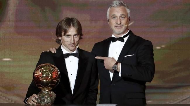 Raihan Luka Modric sekaligus mematahkan dominasi Cristiano Ronaldo dan Lionel Messi dalam satu dekade terakhir di Ballon d'Or. (REUTERS/Benoit Tessier)