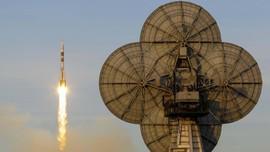Ada Kebocoran Roket, Tiga Astronaut Kembali ke Bumi