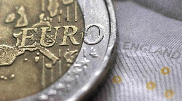 Masuki Sesi Perdagangan Eropa, Euro Pukul Mundur Dolar
