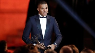Raih Trophee Kopa, Kylian Mbappe Pemain Muda Terbaik
