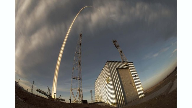 Berdasarkan hasil investigasi, Rusia menyebut telah menemukan dan membenahi masalah yang menyebabkan gagal terbangnya roket tersebut. (REUTERS/Shamil Zhumatov)