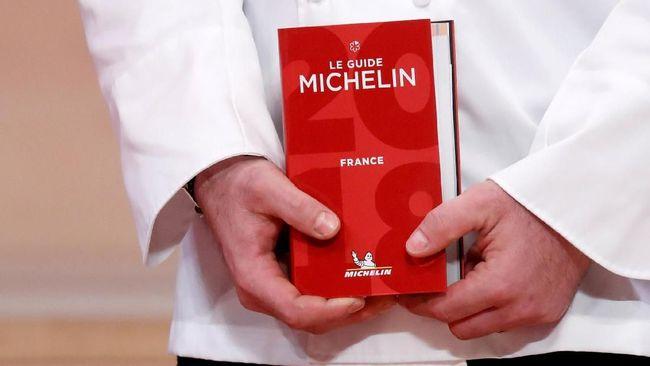 Dominique Crenn, Koki Pertama AS Berbintang Tiga Michelin