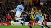Watfordsempat membuat Manchester City kesulitan mencetak gol dan kerepotan menghadapi serangan tuan rumah. (REUTERS/David Klein)
