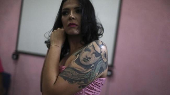 Gelaran kontes kecantikan yang memberikan mahkota Miss Talavera Bruce ini getol dilakukan saban tahun. (REUTERS/Pilar Olivares)
