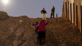 AS Bangun Kamp untuk Tampung Imigran di Perbatasan AS-Meksiko