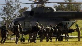 Personel TNI yang Tewas di Papua Dievakuasi ke Makassar