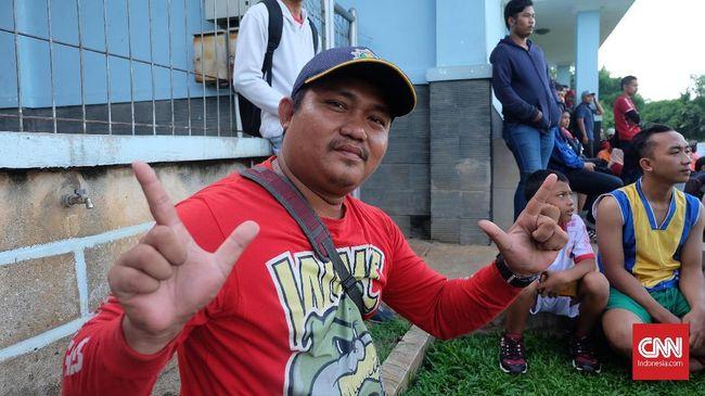 Kaki Robek dan Belajar Menabung untuk Persija Jakarta
