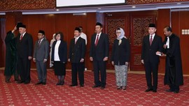Menteri Hanif Lantik 7 Anggota BNSP Baru