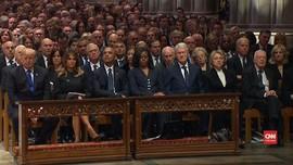VIDEO: Kecanggungan Para Presiden di Pemakaman George HW Bush