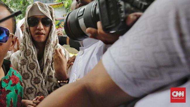 Polda Jabar Periksa Bahar Smith Terkait Kasus Penganiayaan