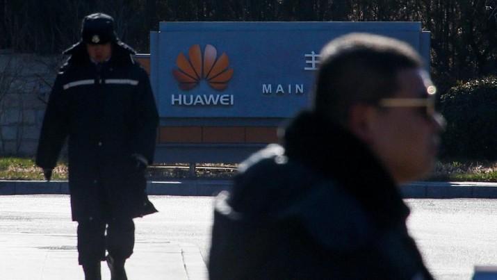 Pakar Cina: Kemarahan Beijing atas Penangkapan Boss Keuangan Huawei, Mencurigakan