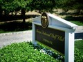 Klub Golf Trump Dilaporkan Pekerjakan Imigran Ilegal