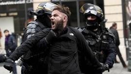 Prancis Tahan Lebih dari 1.700 Peserta Demo Rompi Kuning