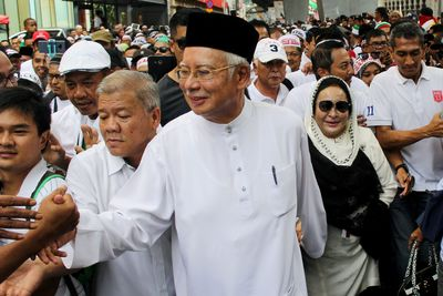 Image Result For Habib Bahar Vs Jokowi