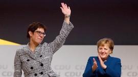 Annegret Kramp-Karrenbauer Gantikan Merkel Jadi Ketua CDU
