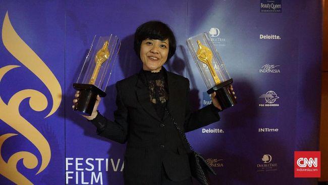 Firasat Sepatu Lepas, Mouly Surya Menang Piala Citra