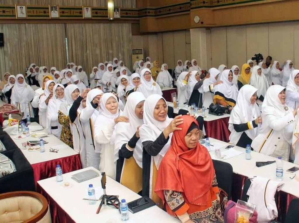 Bertajuk Galang Suara Perempuan Pemilih, Menangkan PKS Tahun 2019, acara ini berlangsung dua hari, Sabtu-Ahad, 8-9 Desember 2018 di Hotel Molvcca, Tanah Abang, Jakarta Pusat. Pool/PKS.